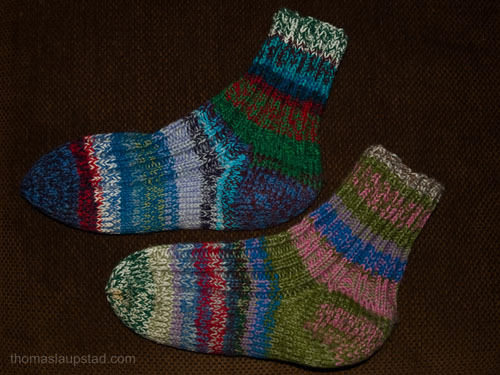 Multi colored knitted ragg socks